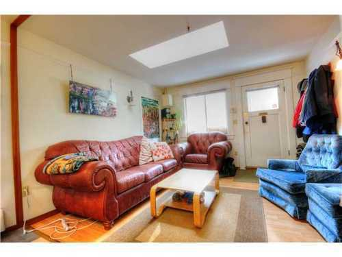 Photo 3: Photos: 1627 14TH Ave E in Vancouver East: Grandview VE Home for sale ()  : MLS®# V1037329