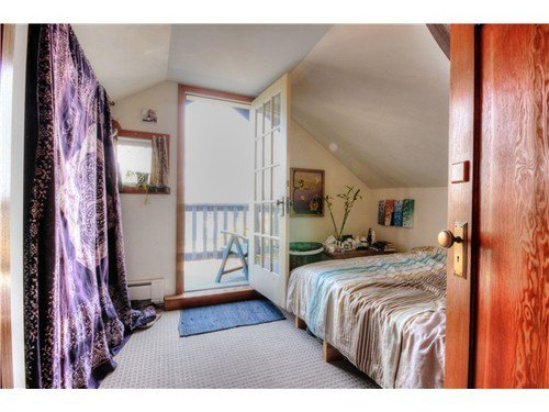 Photo 6: Photos: 1627 14TH Ave E in Vancouver East: Grandview VE Home for sale ()  : MLS®# V1037329