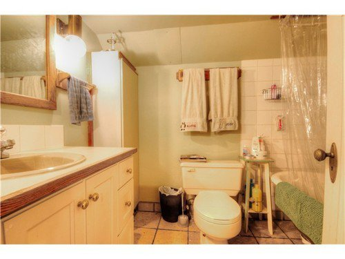 Photo 12: Photos: 1627 14TH Ave E in Vancouver East: Grandview VE Home for sale ()  : MLS®# V1037329
