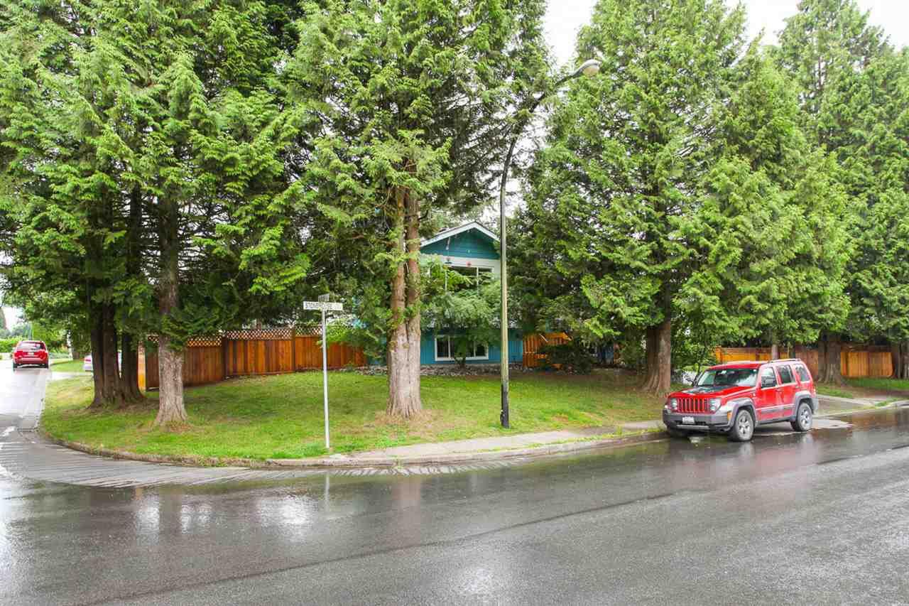 Main Photo: 21070 STONEHOUSE Avenue in Maple Ridge: Northwest Maple Ridge House for sale : MLS®# R2079384