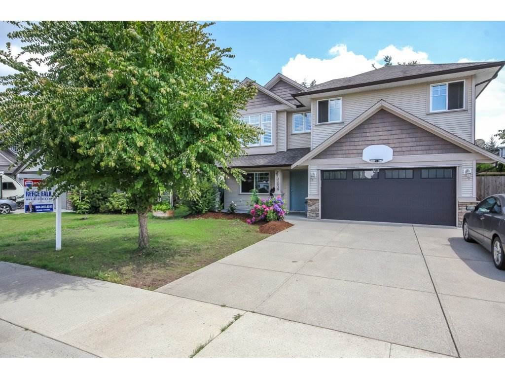 "Main Photo: 33039 BOOTHBY Avenue in Mission: Mission BC House for sale in ""Cedar Valley Estates"" : MLS®# R2091912"