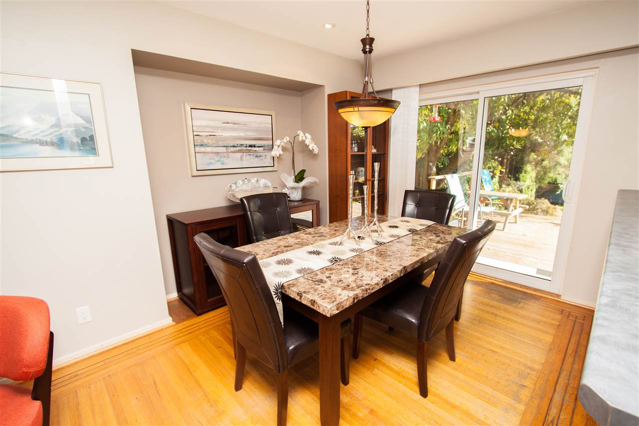 """Photo 8: Photos: 953 DRAYTON Street in North Vancouver: Calverhall House for sale in """"CALVERHALL"""" : MLS®# R2112322"""