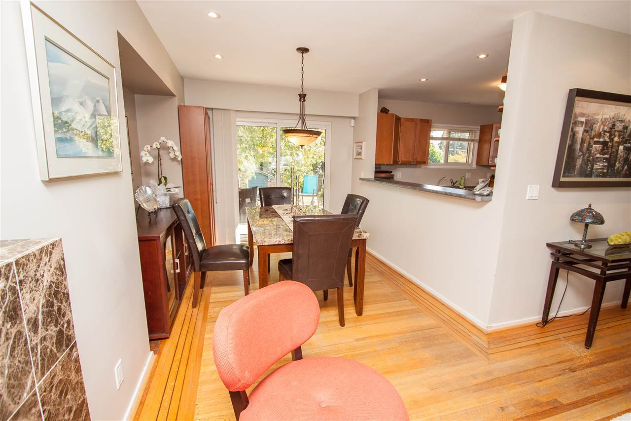 """Photo 9: Photos: 953 DRAYTON Street in North Vancouver: Calverhall House for sale in """"CALVERHALL"""" : MLS®# R2112322"""
