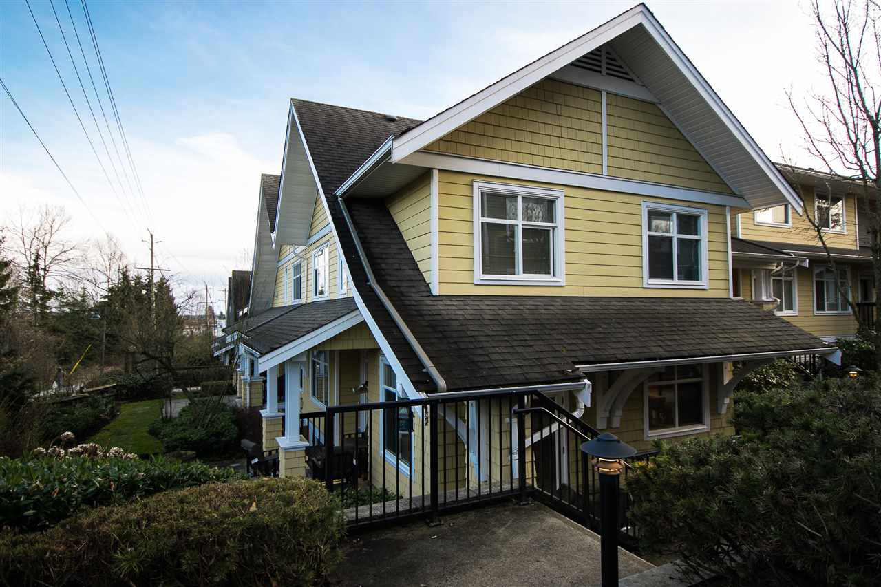 """Main Photo: 5 6878 SOUTHPOINT Drive in Burnaby: South Slope Townhouse for sale in """"CORTINA"""" (Burnaby South)  : MLS®# R2143972"""