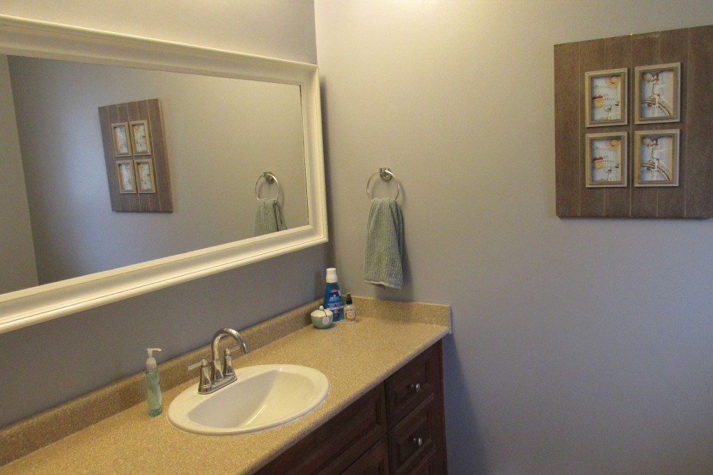 Photo 12: Photos: 2329 Imperial Street in Abbotsford: Abbotsford West House for sale : MLS®# R2190203