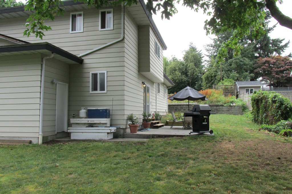 Photo 16: Photos: 2329 Imperial Street in Abbotsford: Abbotsford West House for sale : MLS®# R2190203