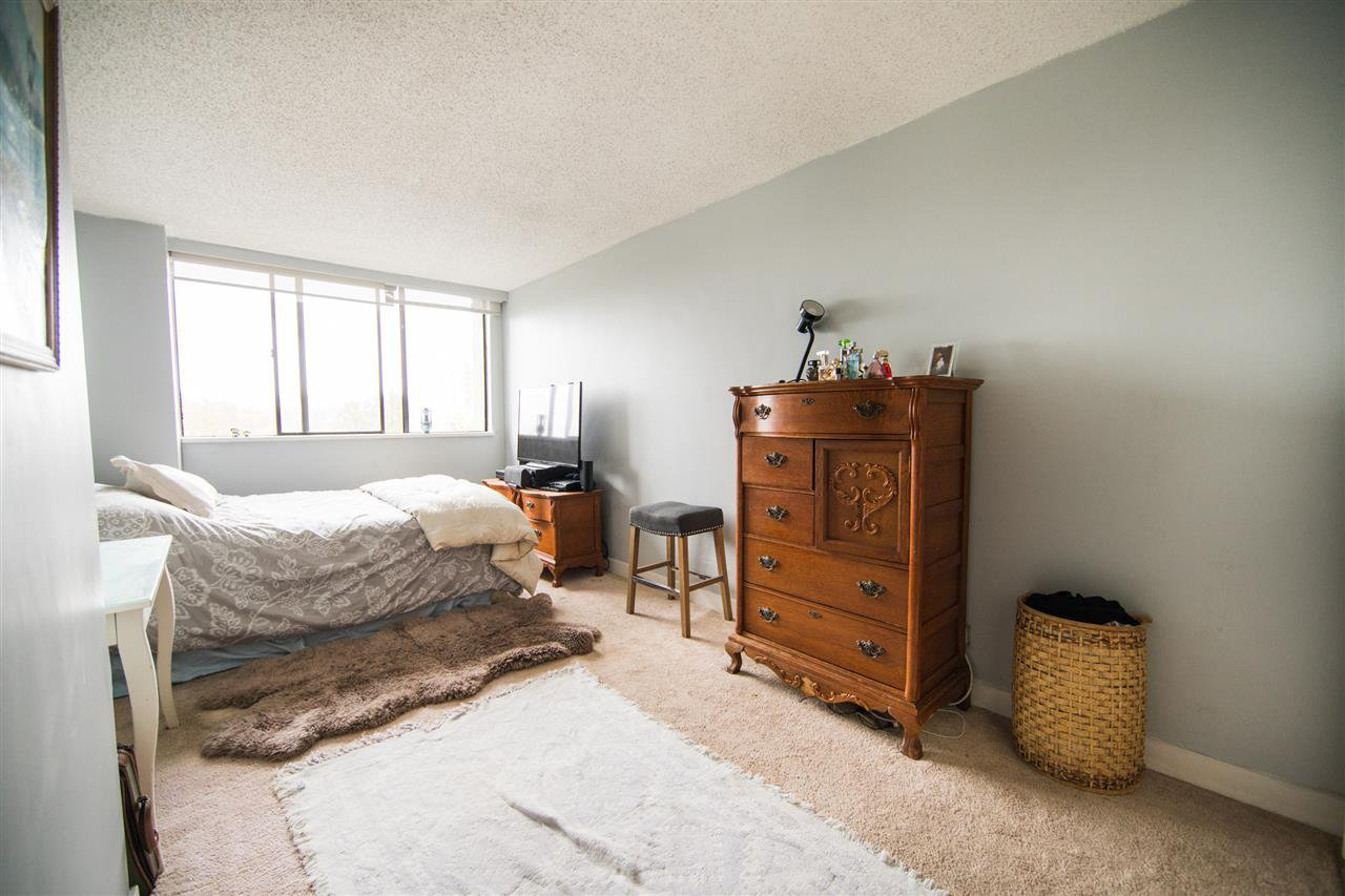 Photo 17: Photos: 703 3970 CARRIGAN Court in Burnaby: Government Road Condo for sale (Burnaby North)  : MLS®# R2218805