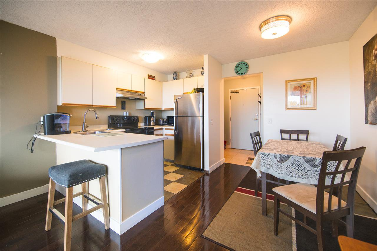 Photo 4: Photos: 703 3970 CARRIGAN Court in Burnaby: Government Road Condo for sale (Burnaby North)  : MLS®# R2218805