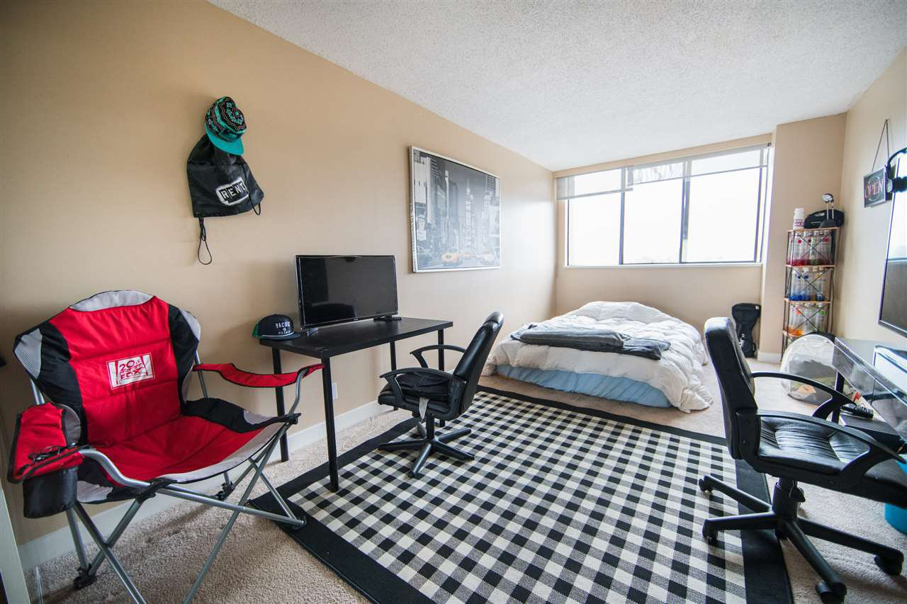 Photo 11: Photos: 703 3970 CARRIGAN Court in Burnaby: Government Road Condo for sale (Burnaby North)  : MLS®# R2218805