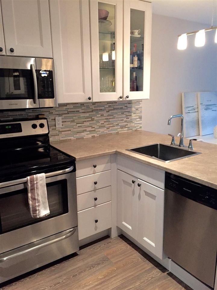 """Main Photo: 107 853 E 7TH Avenue in Vancouver: Mount Pleasant VE Condo for sale in """"Vista Villa"""" (Vancouver East)  : MLS®# R2221809"""