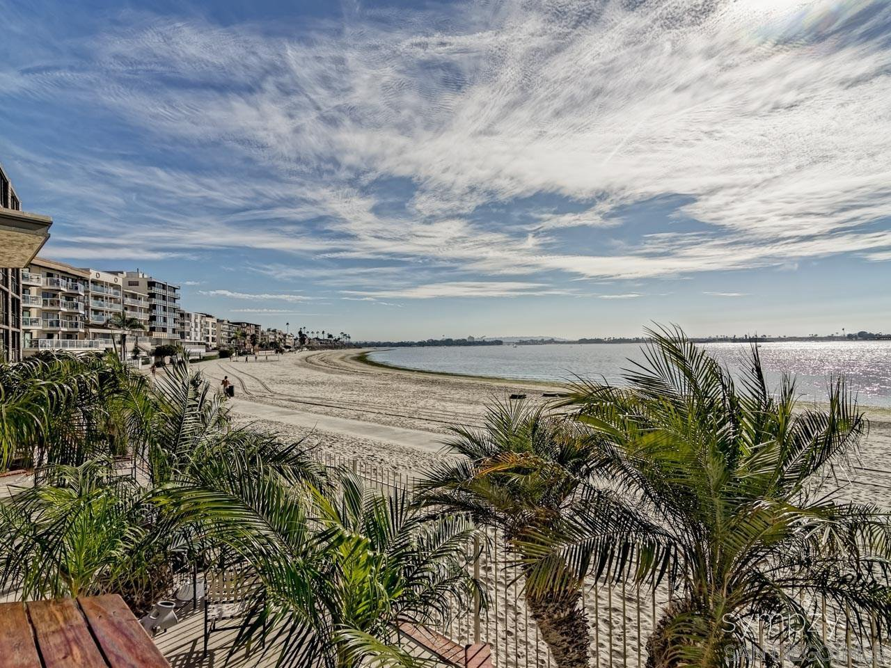 Main Photo: PACIFIC BEACH Condo for rent : 3 bedrooms : 3920 Riviera Drive #V