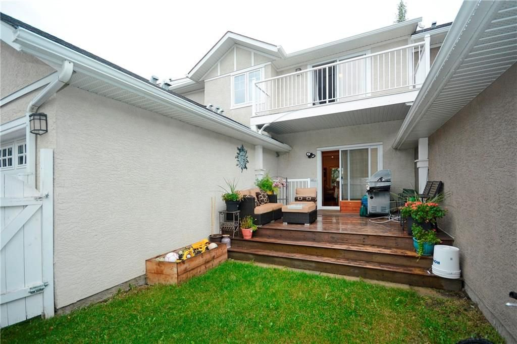 Photo 34: Photos: 8 YPRES Lane SW in Calgary: Garrison Woods House for sale : MLS®# C4181207