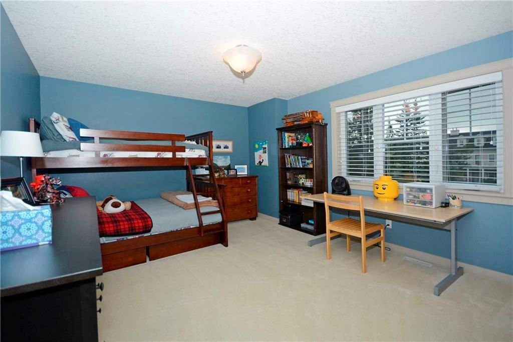 Photo 23: Photos: 8 YPRES Lane SW in Calgary: Garrison Woods House for sale : MLS®# C4181207