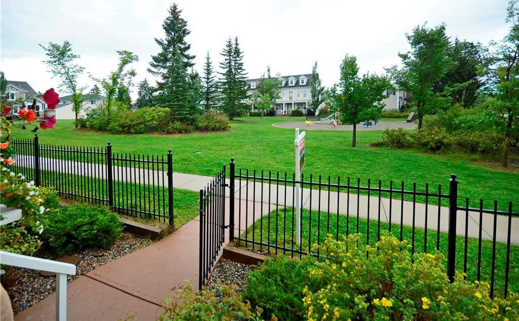 Photo 3: Photos: 8 YPRES Lane SW in Calgary: Garrison Woods House for sale : MLS®# C4181207