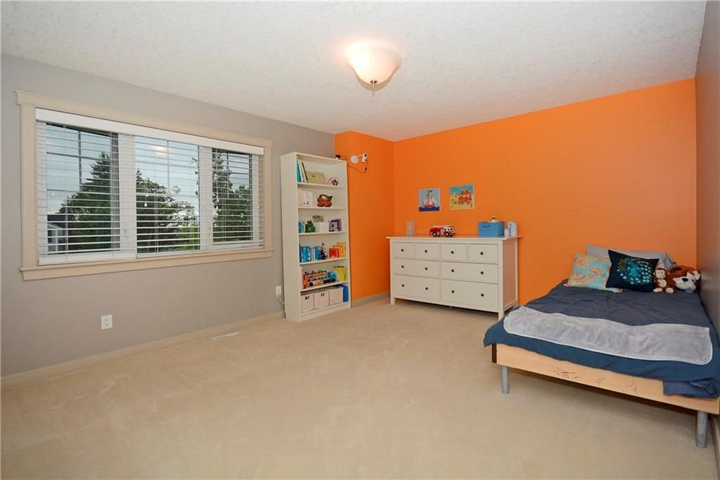 Photo 25: Photos: 8 YPRES Lane SW in Calgary: Garrison Woods House for sale : MLS®# C4181207