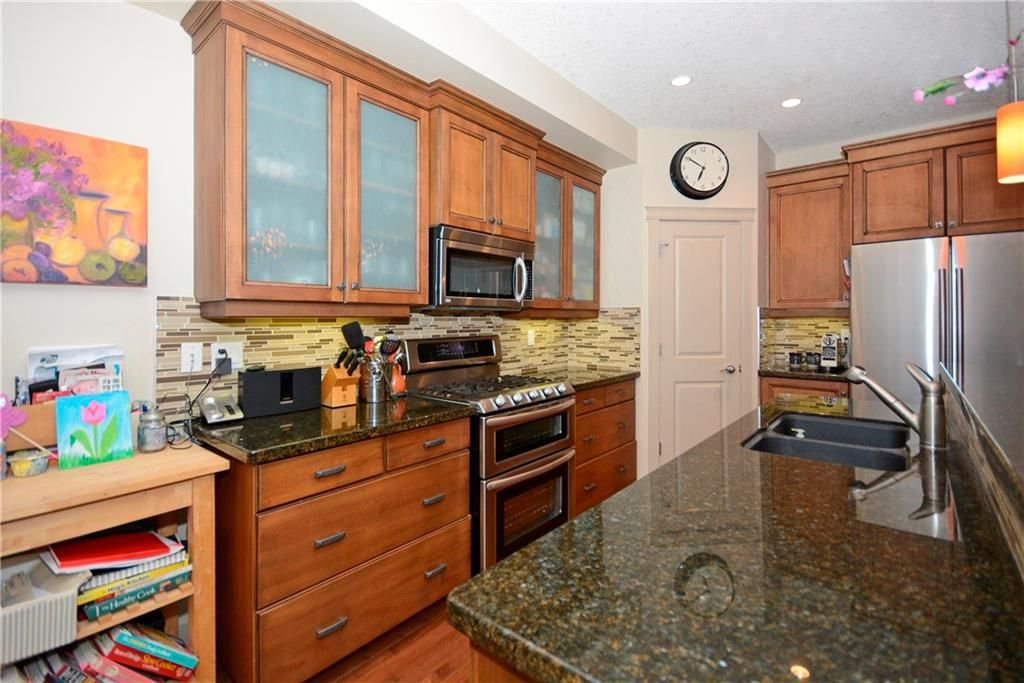 Photo 11: Photos: 8 YPRES Lane SW in Calgary: Garrison Woods House for sale : MLS®# C4181207