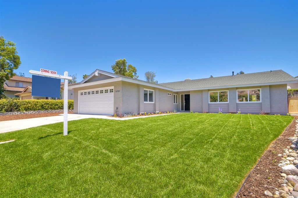 Photo 2: Photos: SCRIPPS RANCH House for sale : 3 bedrooms : 10729 Charbono Ter in San Diego