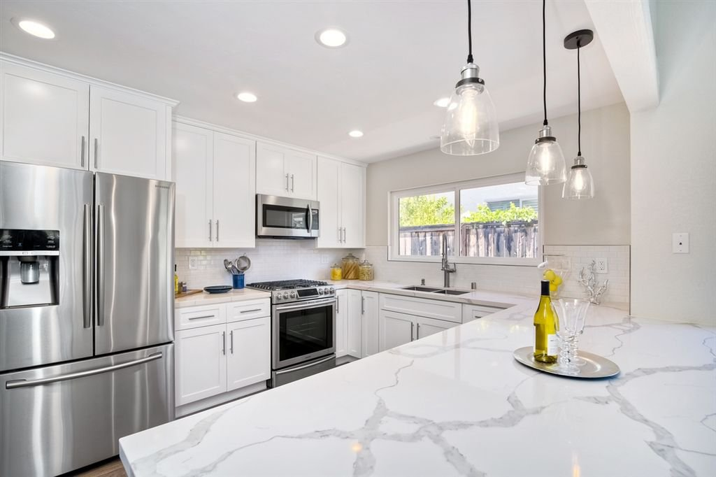 Photo 5: Photos: SCRIPPS RANCH House for sale : 3 bedrooms : 10729 Charbono Ter in San Diego
