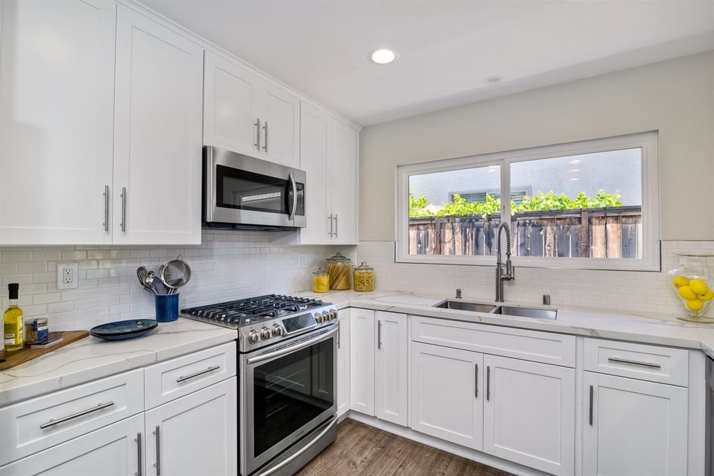 Photo 6: Photos: SCRIPPS RANCH House for sale : 3 bedrooms : 10729 Charbono Ter in San Diego