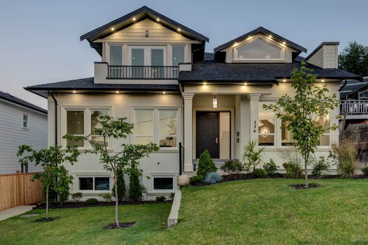 """Main Photo: 334 HOULT Street in New Westminster: The Heights NW House for sale in """"The Heights"""" : MLS®# R2311281"""