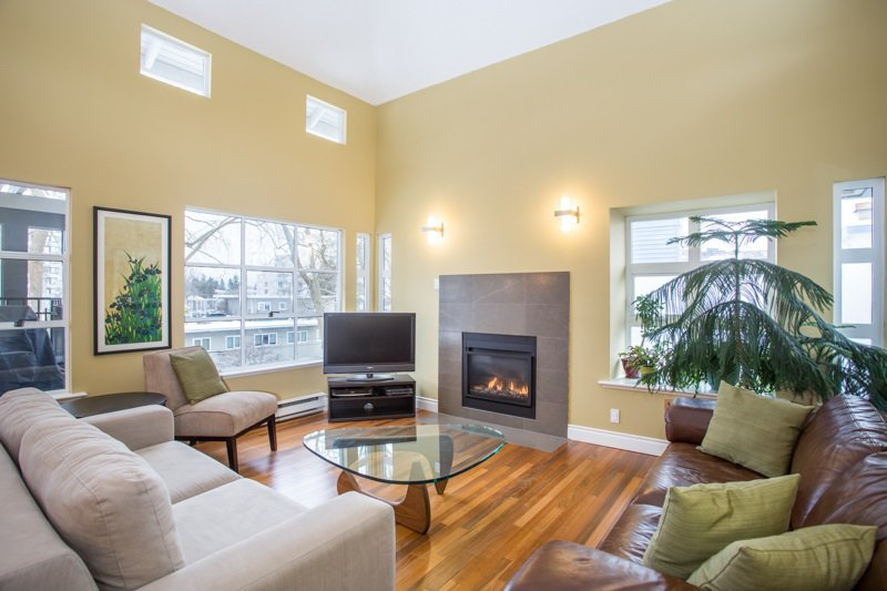 "Main Photo: 402 3788 W 8TH Avenue in Vancouver: Point Grey Condo for sale in ""La Mirada at Jericho"" (Vancouver West)  : MLS®# R2340348"
