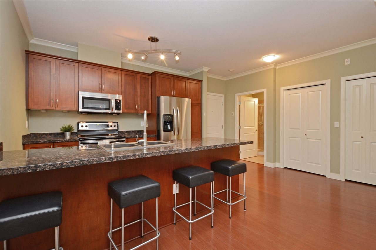 "Photo 6: Photos: 205 1375 VIEW Crescent in Delta: Beach Grove Condo for sale in ""FAIRVIEW 56"" (Tsawwassen)  : MLS®# R2372065"