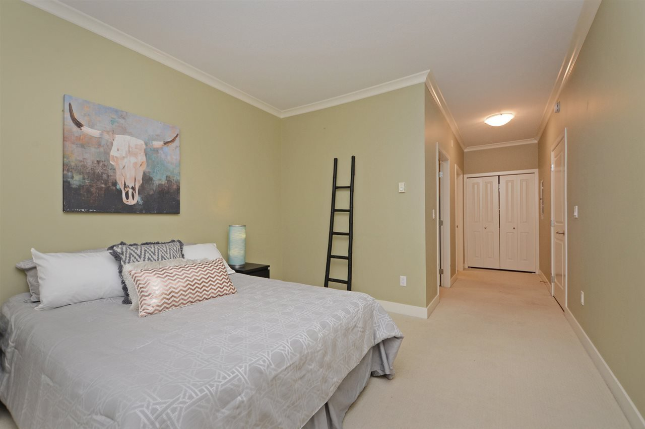 "Photo 9: Photos: 205 1375 VIEW Crescent in Delta: Beach Grove Condo for sale in ""FAIRVIEW 56"" (Tsawwassen)  : MLS®# R2372065"