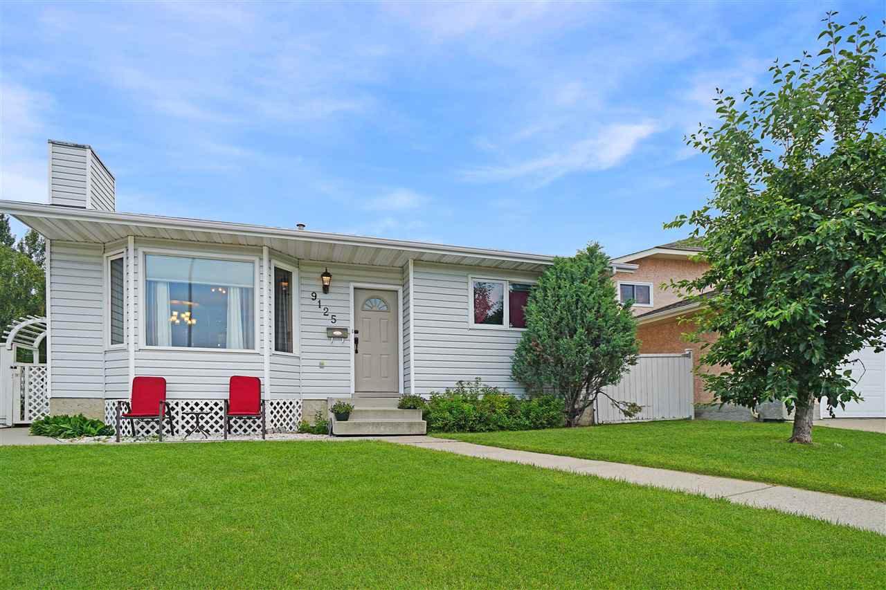 Main Photo: 9125 180A Avenue in Edmonton: Zone 28 House for sale : MLS®# E4165100