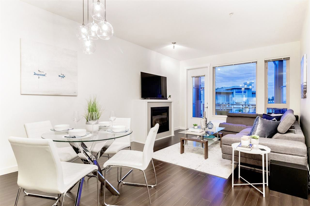 """Main Photo: 502 119 W 22ND Street in North Vancouver: Central Lonsdale Condo for sale in """"ANDERSON WALK"""" : MLS®# R2389274"""