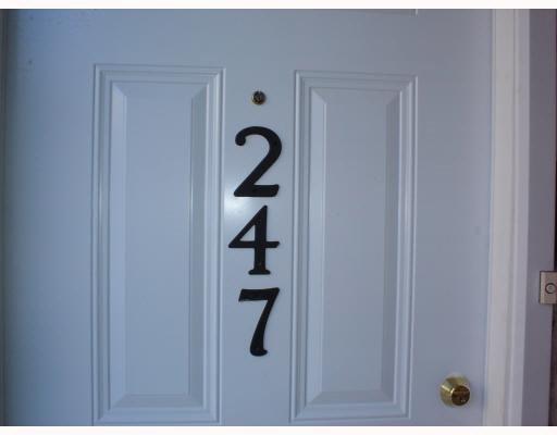Main Photo: 247 LANCASTER Terrace in Edmonton: Zone 27 Carriage for sale : MLS®# E4180669