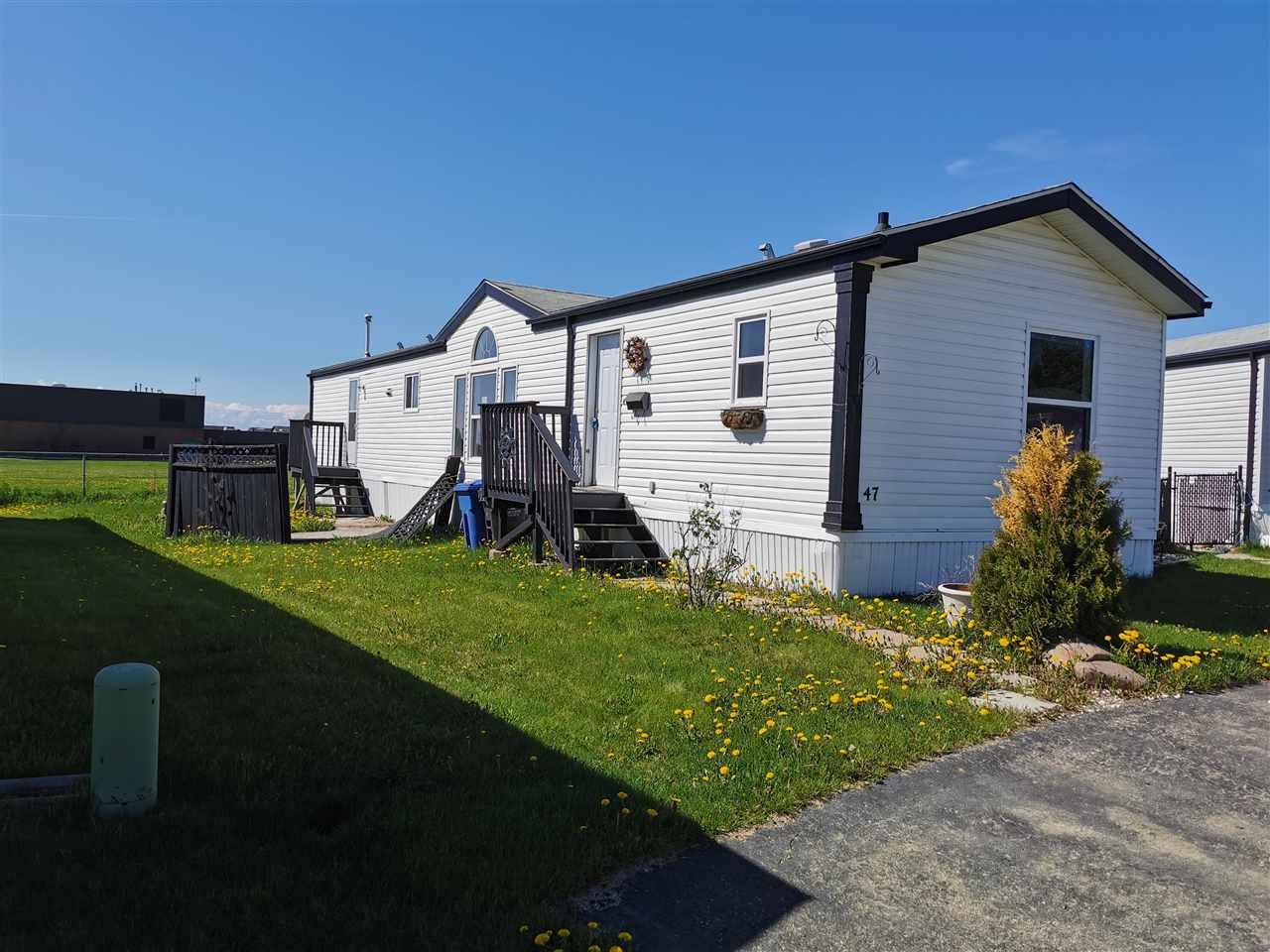 Main Photo: 47 9203 82 Street in Fort St. John: Fort St. John - City SE Manufactured Home for sale (Fort St. John (Zone 60))  : MLS®# R2449587