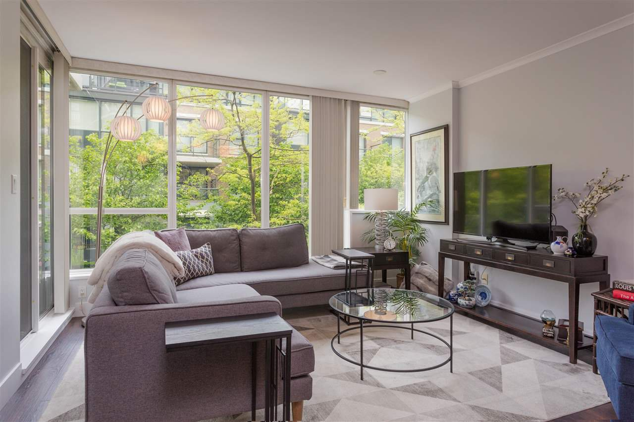 "Main Photo: 113 1483 W 7TH Avenue in Vancouver: Fairview VW Condo for sale in ""Verona of Portico"" (Vancouver West)  : MLS®# R2458283"