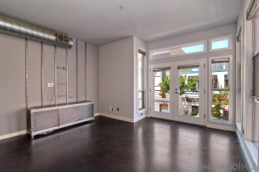 Main Photo: DOWNTOWN Condo for rent : 1 bedrooms : 777 6Th Ave #209 in San Diego