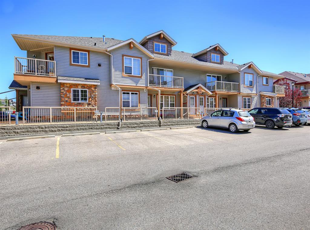 Main Photo: 204 150 PANATELLA Landing NW in Calgary: Panorama Hills Row/Townhouse for sale : MLS®# A1022269