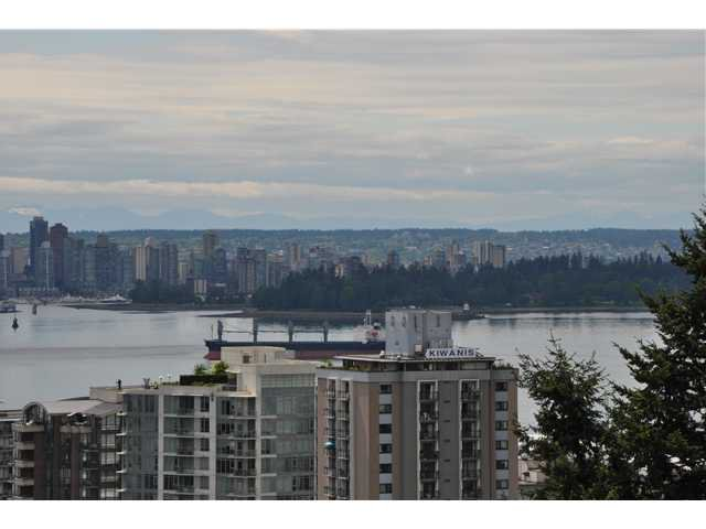 Main Photo: 802 567 LONSDALE Avenue in North Vancouver: Lower Lonsdale Condo for sale : MLS®# V955451