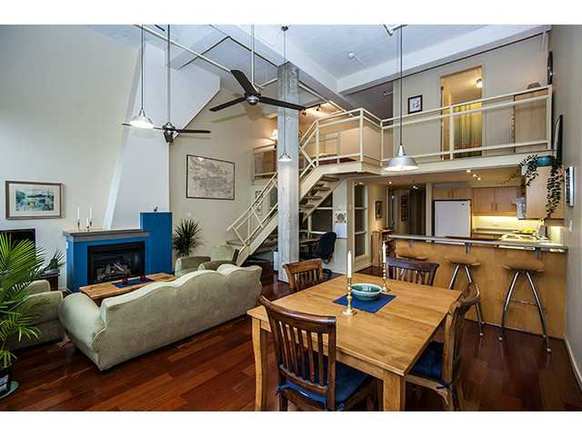 Main Photo: 406 549 Columbia Street in New Westminster: Downtown NW Condo for sale
