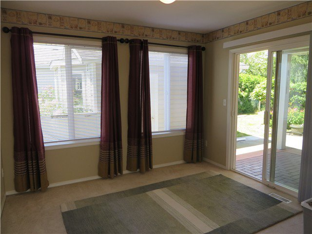 """Photo 9: Photos: 109 45918 KNIGHT Road in Sardis: Sardis East Vedder Rd House for sale in """"COUNTRY PARK"""" : MLS®# H1402468"""
