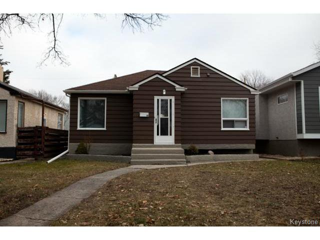 Main Photo: 98 Hill Street in WINNIPEG: St Boniface Residential for sale (South East Winnipeg)  : MLS®# 1427525