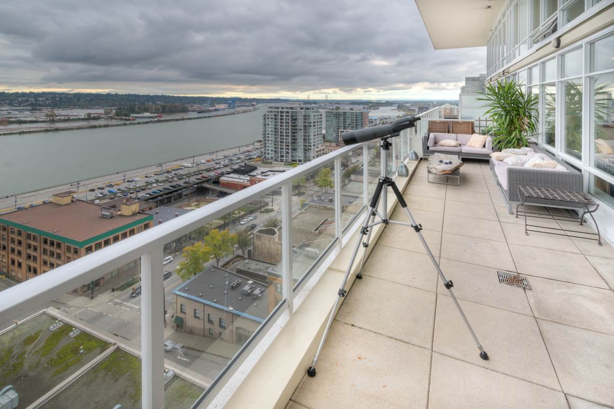 """Photo 23: Photos: PH4 39 SIXTH Street in New Westminster: Downtown NW Condo for sale in """"QUANTUM"""" : MLS®# R2008758"""