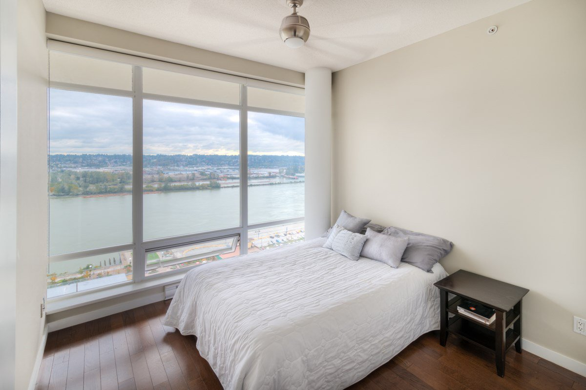 """Photo 15: Photos: PH4 39 SIXTH Street in New Westminster: Downtown NW Condo for sale in """"QUANTUM"""" : MLS®# R2008758"""