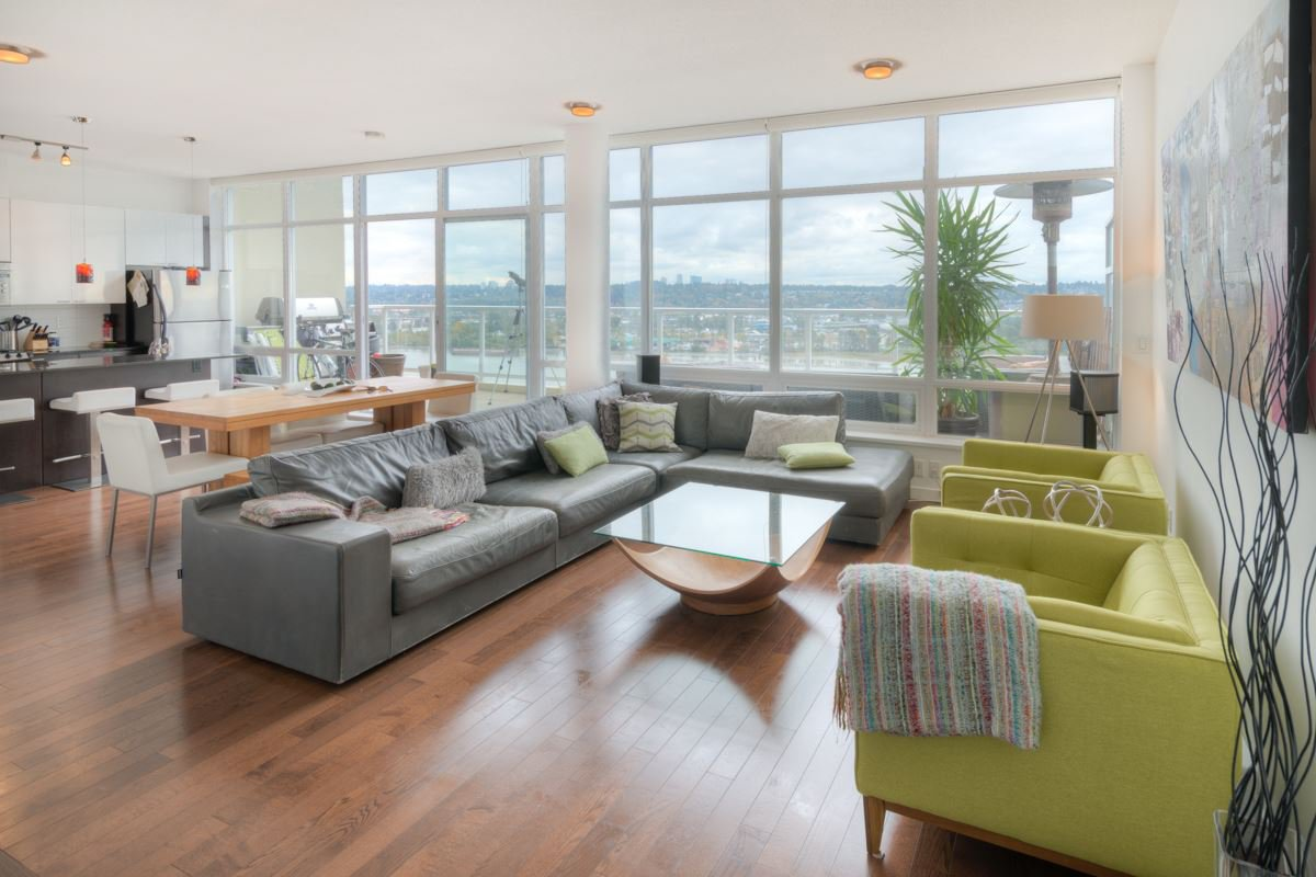 """Photo 9: Photos: PH4 39 SIXTH Street in New Westminster: Downtown NW Condo for sale in """"QUANTUM"""" : MLS®# R2008758"""