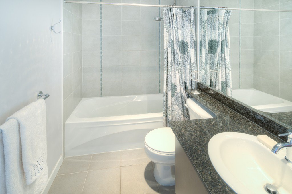 """Photo 26: Photos: PH4 39 SIXTH Street in New Westminster: Downtown NW Condo for sale in """"QUANTUM"""" : MLS®# R2008758"""