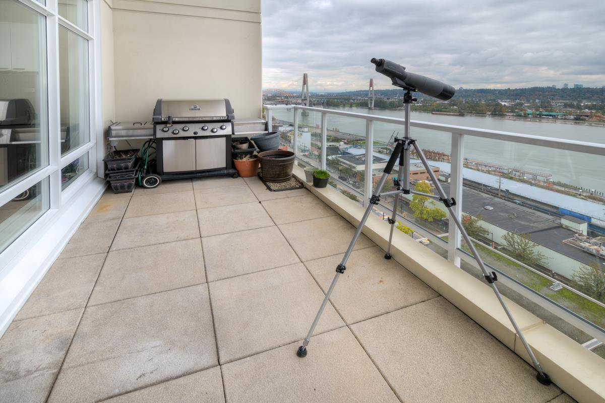 """Photo 29: Photos: PH4 39 SIXTH Street in New Westminster: Downtown NW Condo for sale in """"QUANTUM"""" : MLS®# R2008758"""