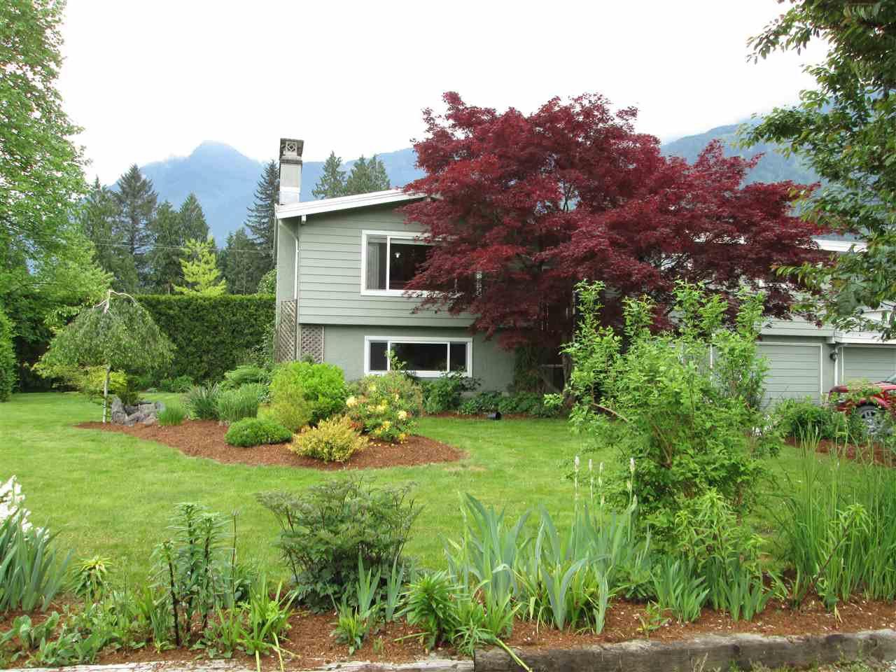 Main Photo: 52484 YALE Road in Rosedale: Rosedale Popkum House for sale : MLS®# R2064373