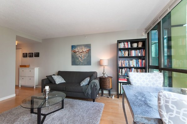 "Main Photo: 508 1367 ALBERNI Street in Vancouver: West End VW Condo for sale in ""THE LIONS"" (Vancouver West)  : MLS®# R2072411"