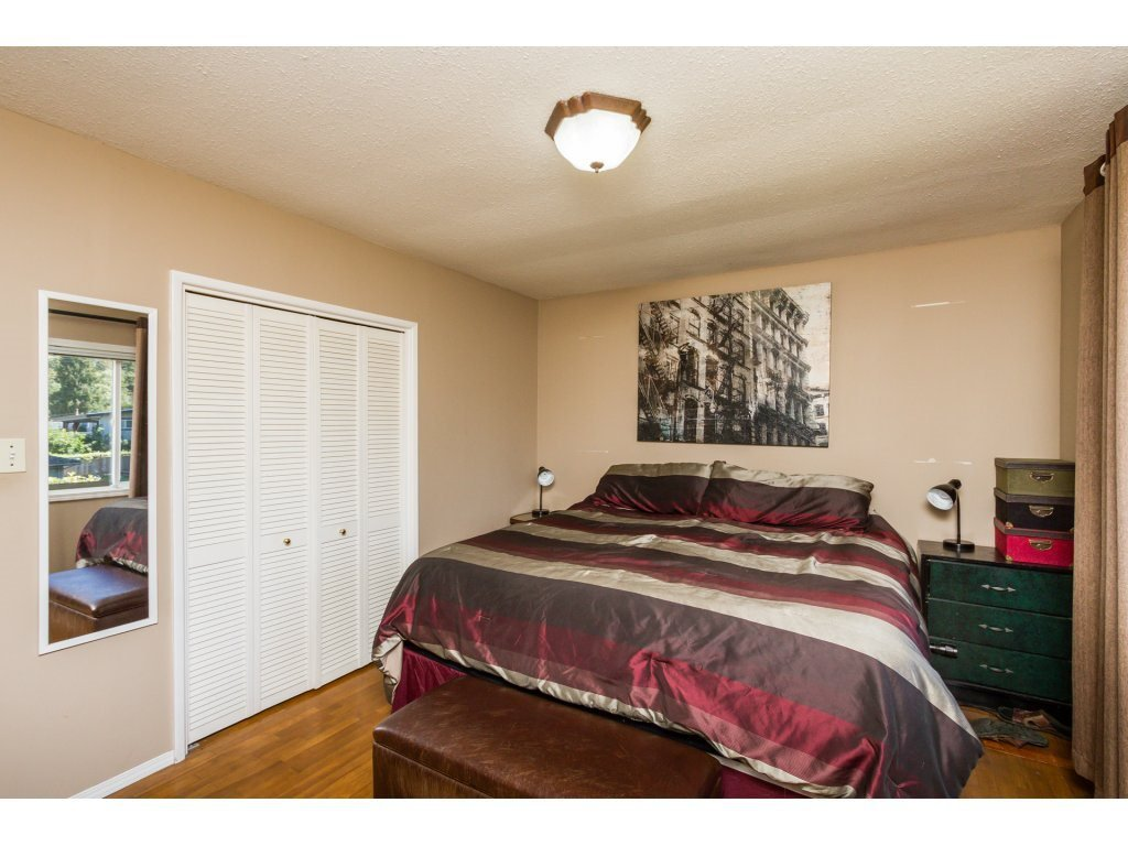 Photo 11: Photos: 11266 LOUGHREN Drive in Surrey: Bolivar Heights House for sale (North Surrey)  : MLS®# R2111434