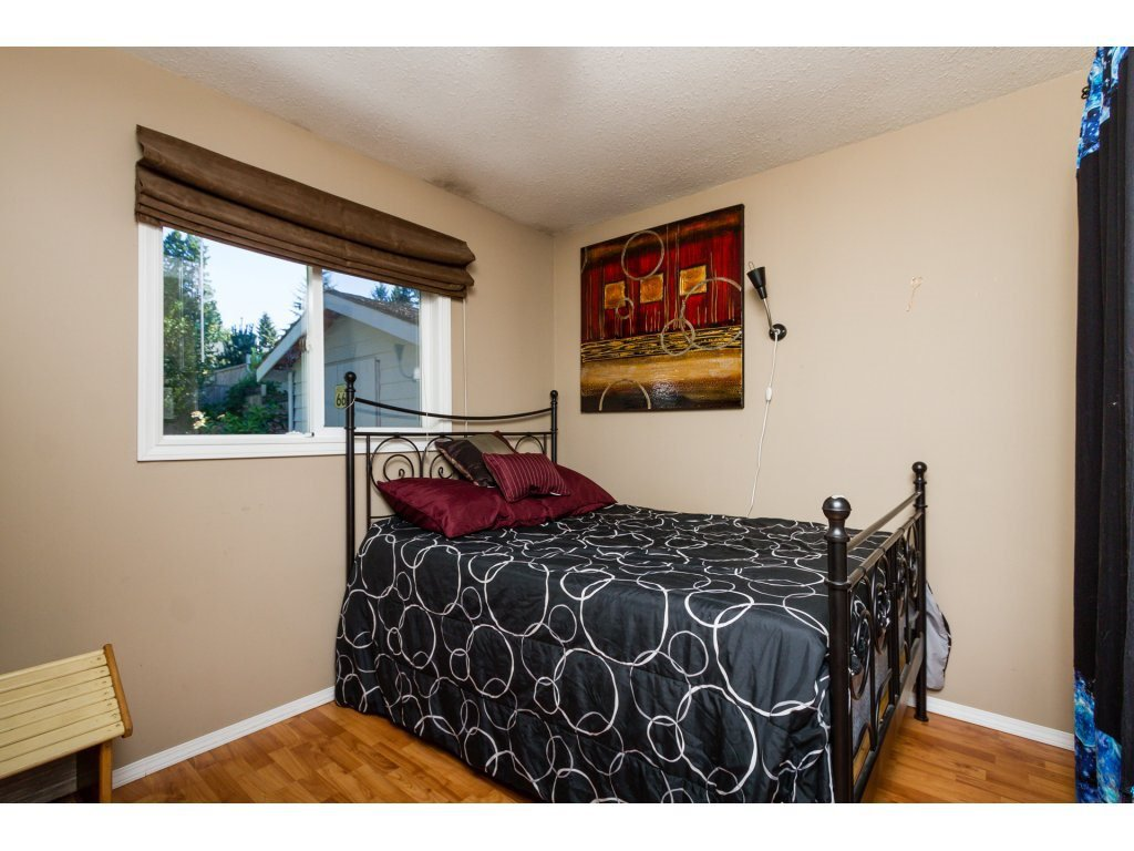 Photo 13: Photos: 11266 LOUGHREN Drive in Surrey: Bolivar Heights House for sale (North Surrey)  : MLS®# R2111434