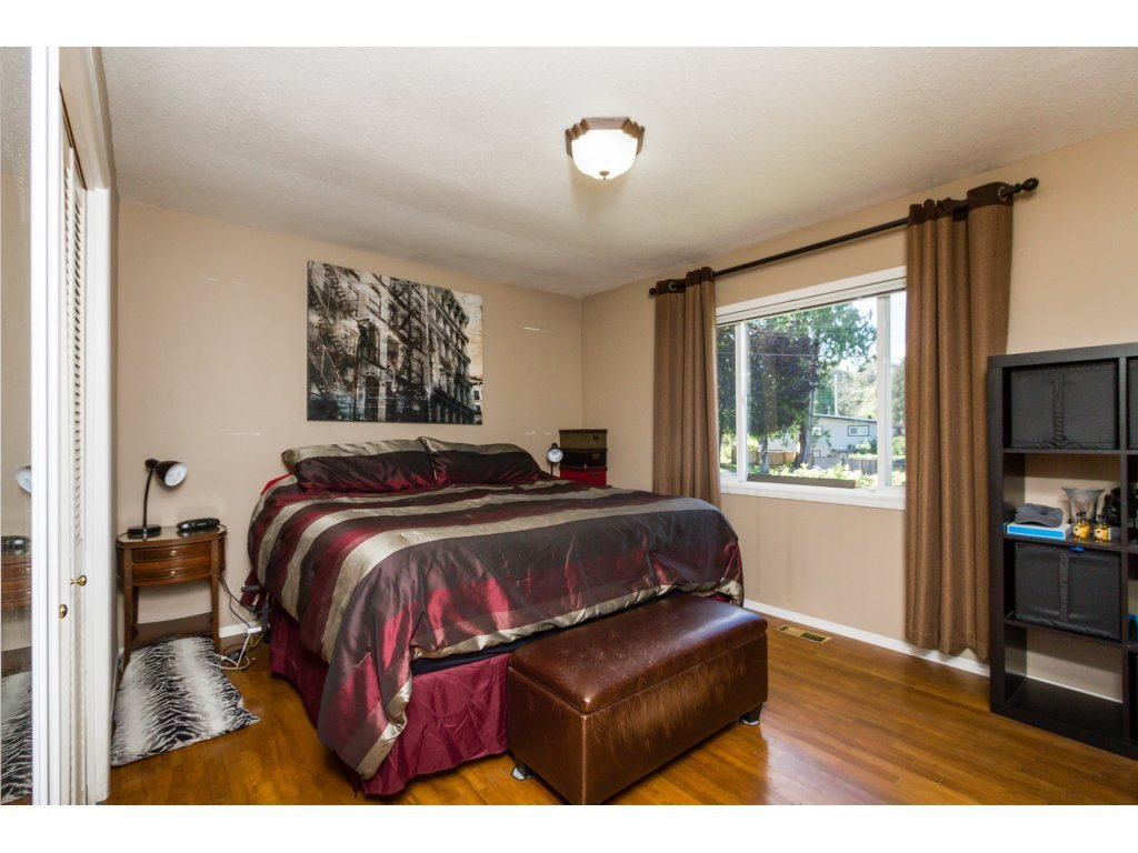 Photo 10: Photos: 11266 LOUGHREN Drive in Surrey: Bolivar Heights House for sale (North Surrey)  : MLS®# R2111434