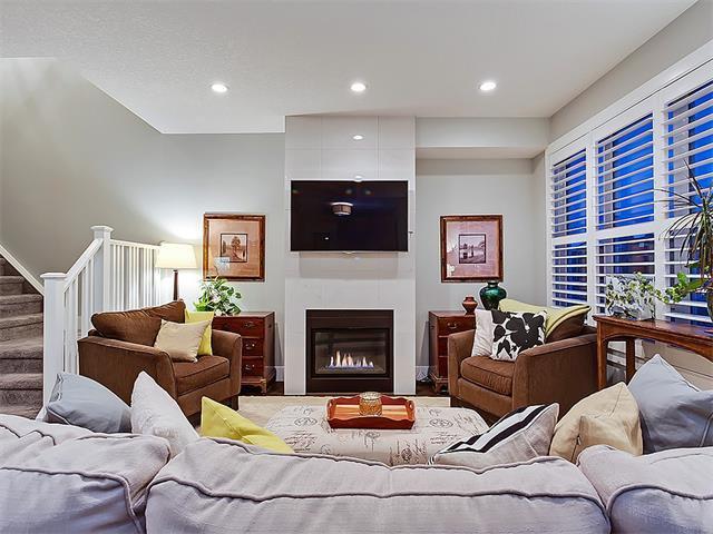 Photo 4: Photos: 1 2423A 29 Street SW in Calgary: Killarney/Glengarry House for sale : MLS®# C4103400