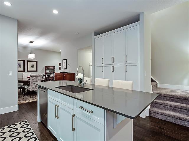 Photo 10: Photos: 1 2423A 29 Street SW in Calgary: Killarney/Glengarry House for sale : MLS®# C4103400